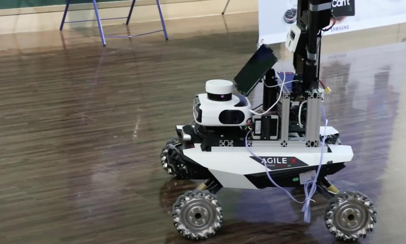 '이것'만 탑재하면 그냥 로봇도 자율주행으로 움직인다? 썸네일
