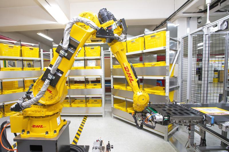 택배 회사가 국내 최초로 인공지능 로봇을 도입한 이유 썸네일